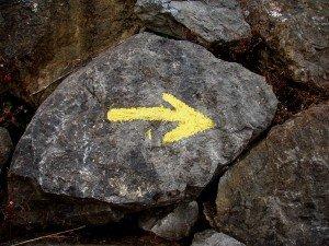 flecha_amarilla_camino_de_santiago