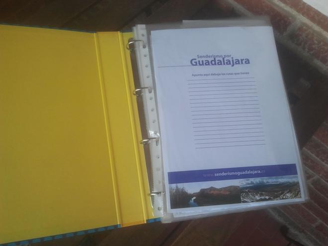 Comienza tu propia carpeta de Guías de Rutas de Senderismo por Guadalajara