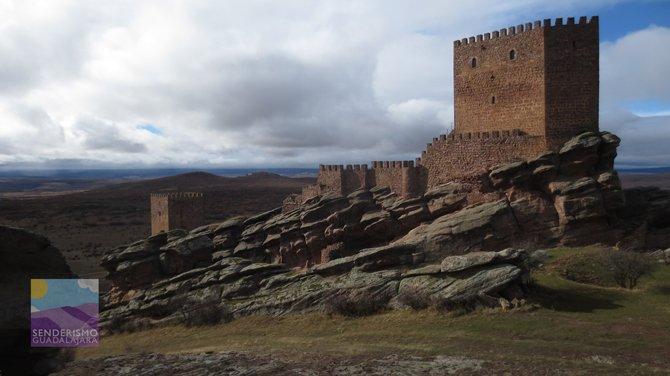 castillo_de_zafra_sierra_de_Caldereros_guadalajara