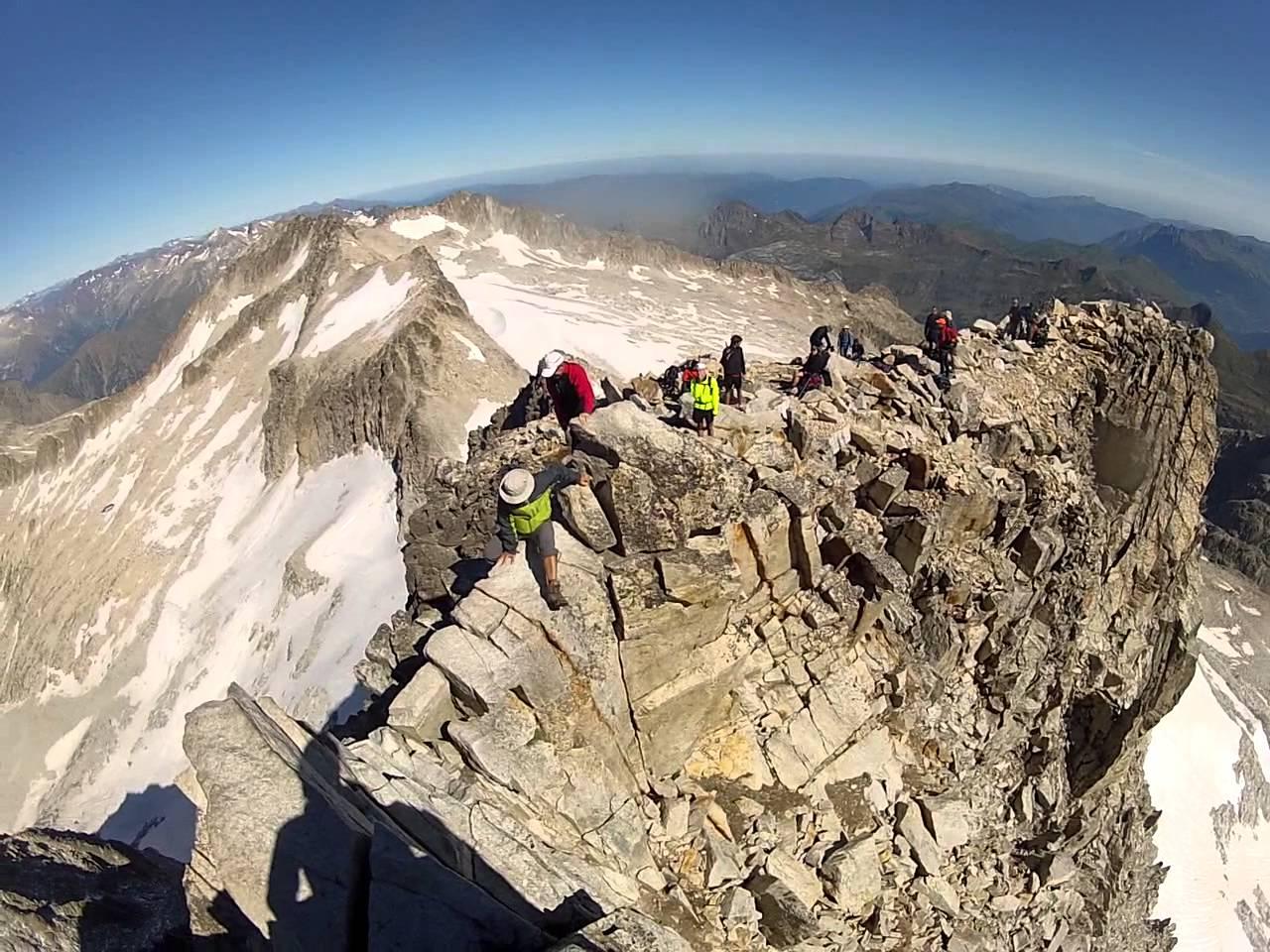 3 impresionantes pasos de montaña en España