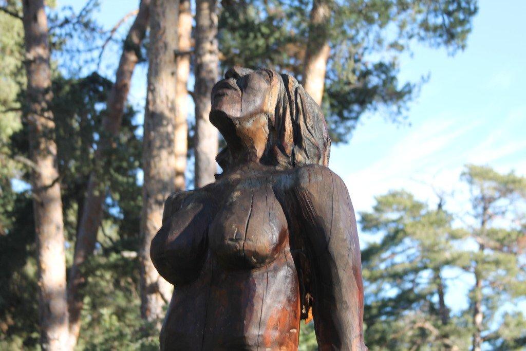 Entrevista a Encondemios.es con motivo de su Ruta de las Estatuas
