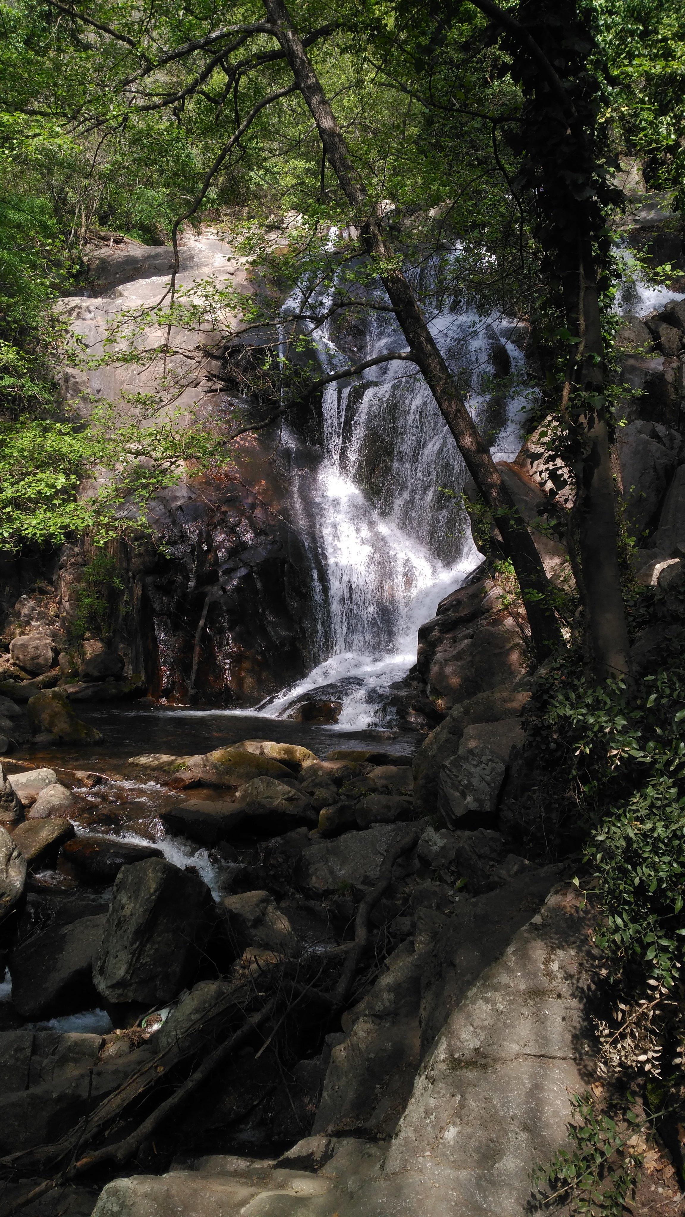 Senderismo por el Valle del Jerte: Garganta de las Nogaledas